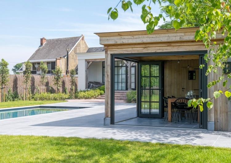 Woodarts - Tuinhuis met overkapping